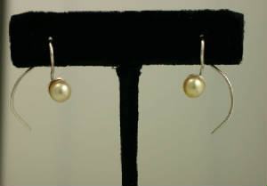cream akoya pearl sterling silver wire earrings # 9185