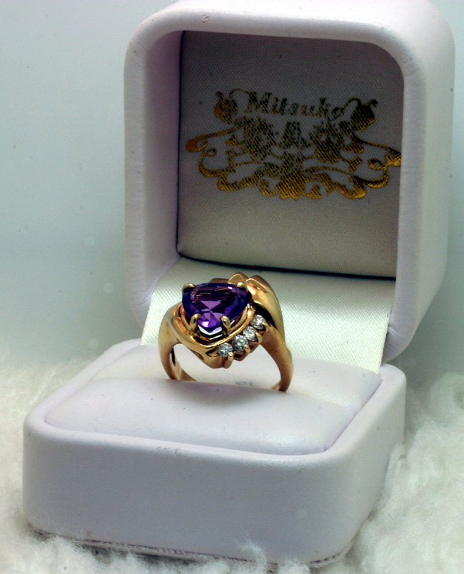 14K Gold Ring with Amethyst Heart and Diamonds