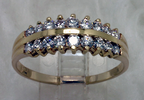Diamond Ring 14K 18 diamonds 2 rows 0.80 carats