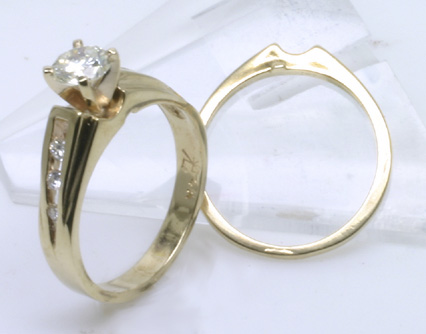 Wedding Set, Gold 14K, Center Diamond, 6 side dia