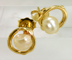 Pearl Earrings on 14 K yellow Gold Hoops