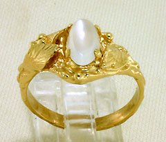 Ring 14K gold Moonstone Leaves and Vines